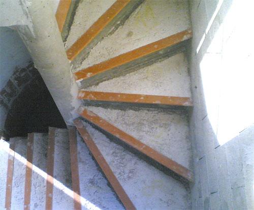 COLLAZO FALDUTO PREFA - fabricant du0026#39;escaliers en bu00e9ton sur ...